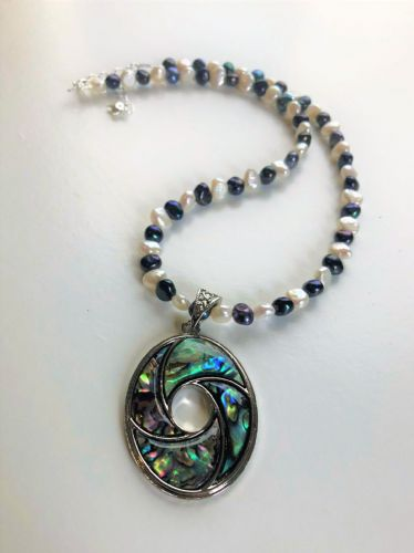 Paua & Freshwater Pearl Pendant Necklace PP01-MIX